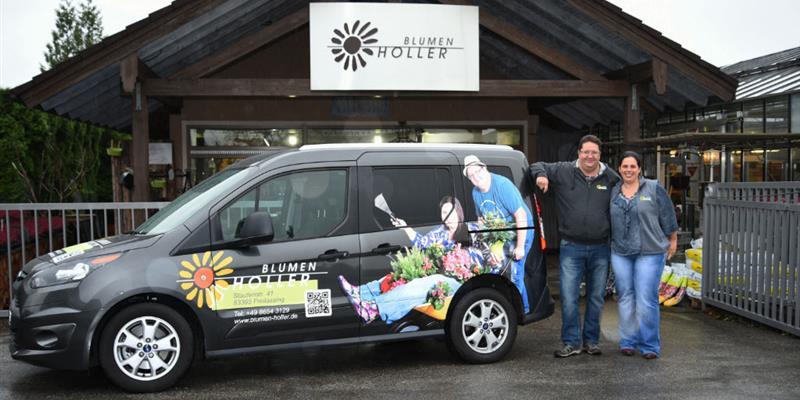 Lieferwagen und Familie Vogt
